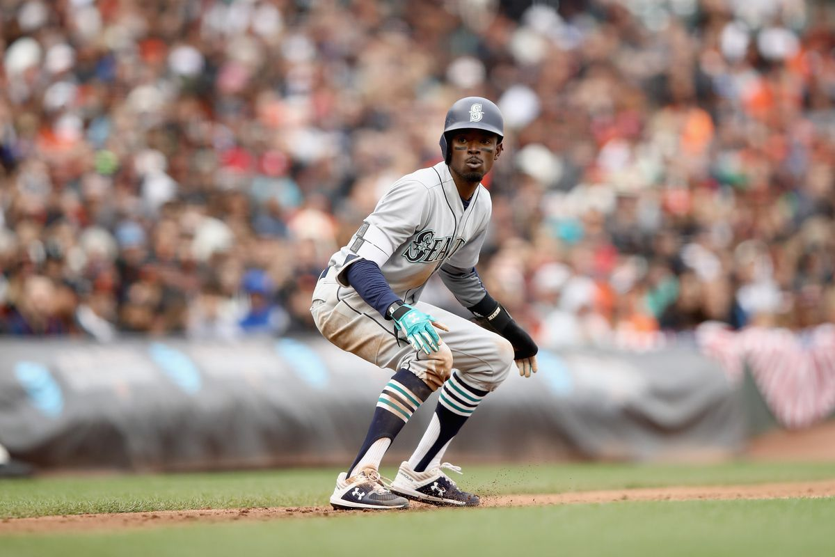 Dee Gordon records fastest triple of 2018, Mariners record 14th ...