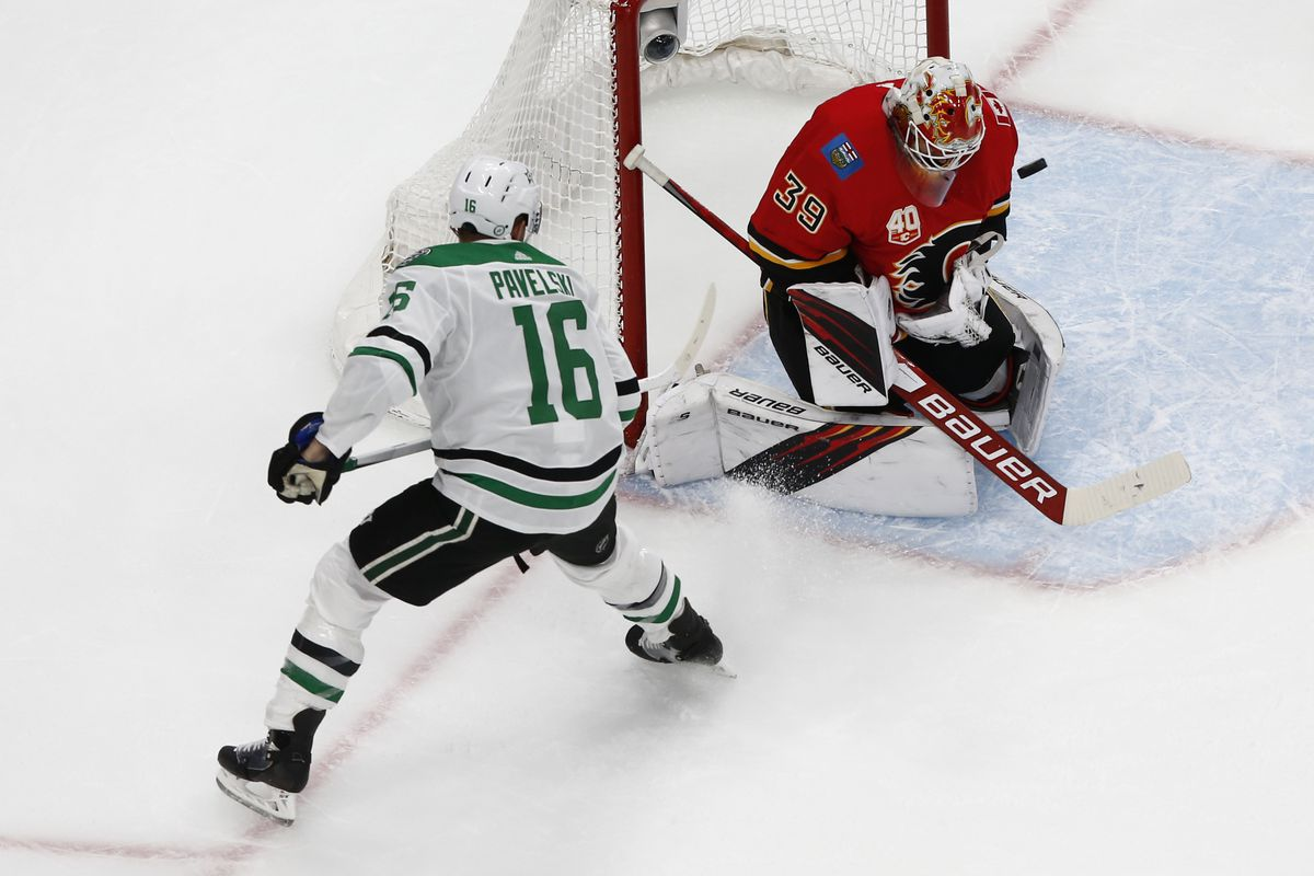 NHL: Stanley Cup Playoffs-Dallas Stars at Calgary Flames
