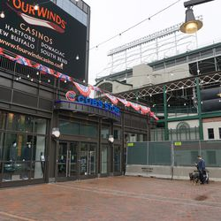 Construction barricades blocking off the passageway between the ballpark, and the plaza building. The Cubs Store remains accessible