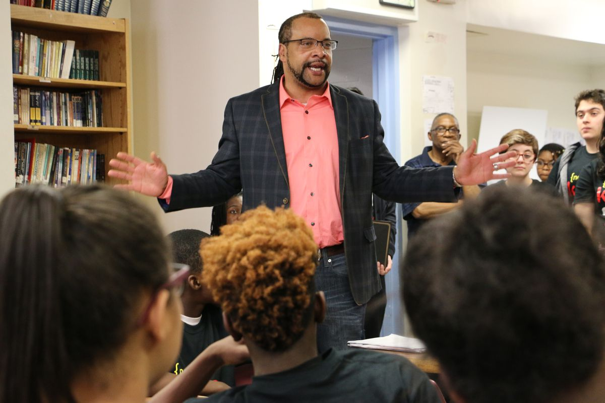 After just one year as superintendent of Marion P. Thomas Charter School, A. Robert Gregory is leaving to head up Hillside Public Schools.
