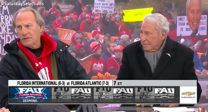 33ee5e5def The voice of Mr. Incredible picked games ahead of the Michigan-Wisconsin  game in 2017. He doesn't have any apparent connection to either school, ...