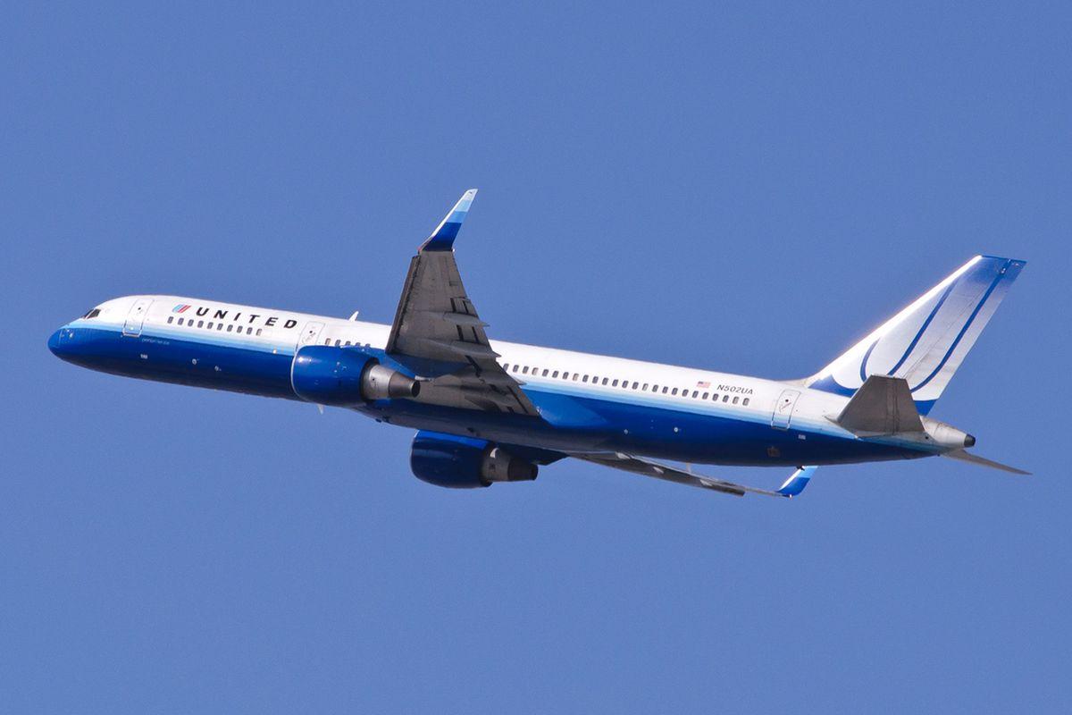 United Boeing 757-200 CC InSapphoWeTrust Flickr