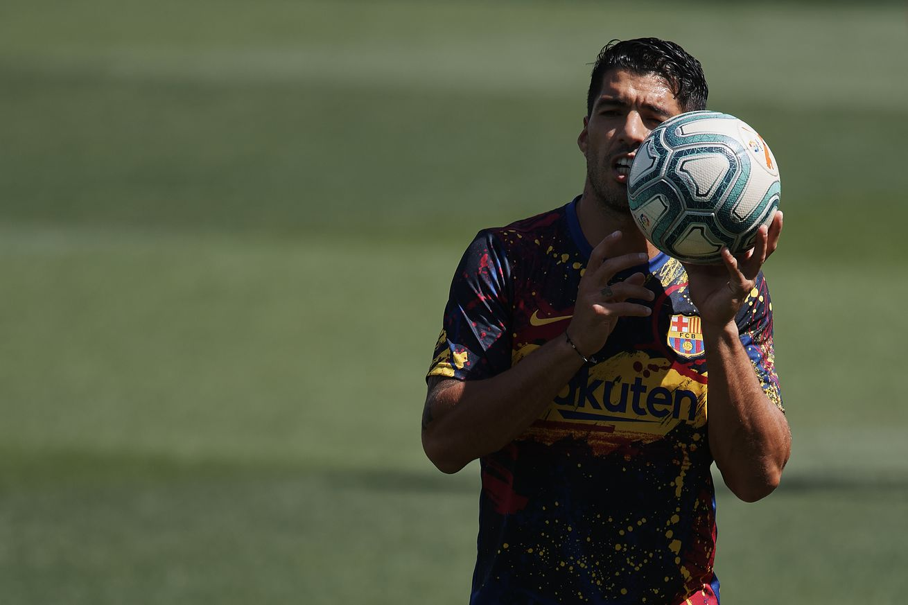 Luis Suarez has offer from MLS club - report