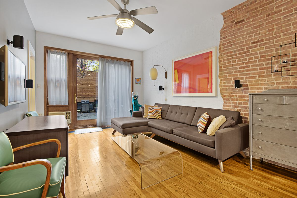 How Much For A 2br Garden Duplex In Hell S Kitchen Curbed Ny