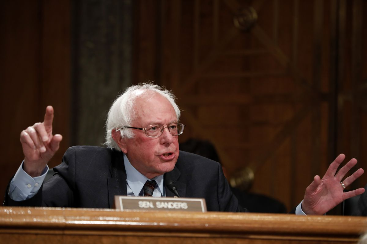 Bernie Sanders Calls Out Jeff Bezos Over Amazon S Work Conditions Vox