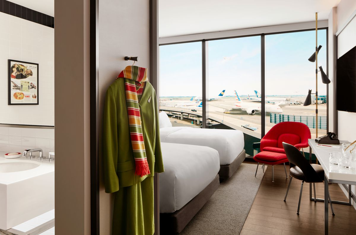 The TWA Hotel, a spectacular midcentury time capsule, finally opens 3