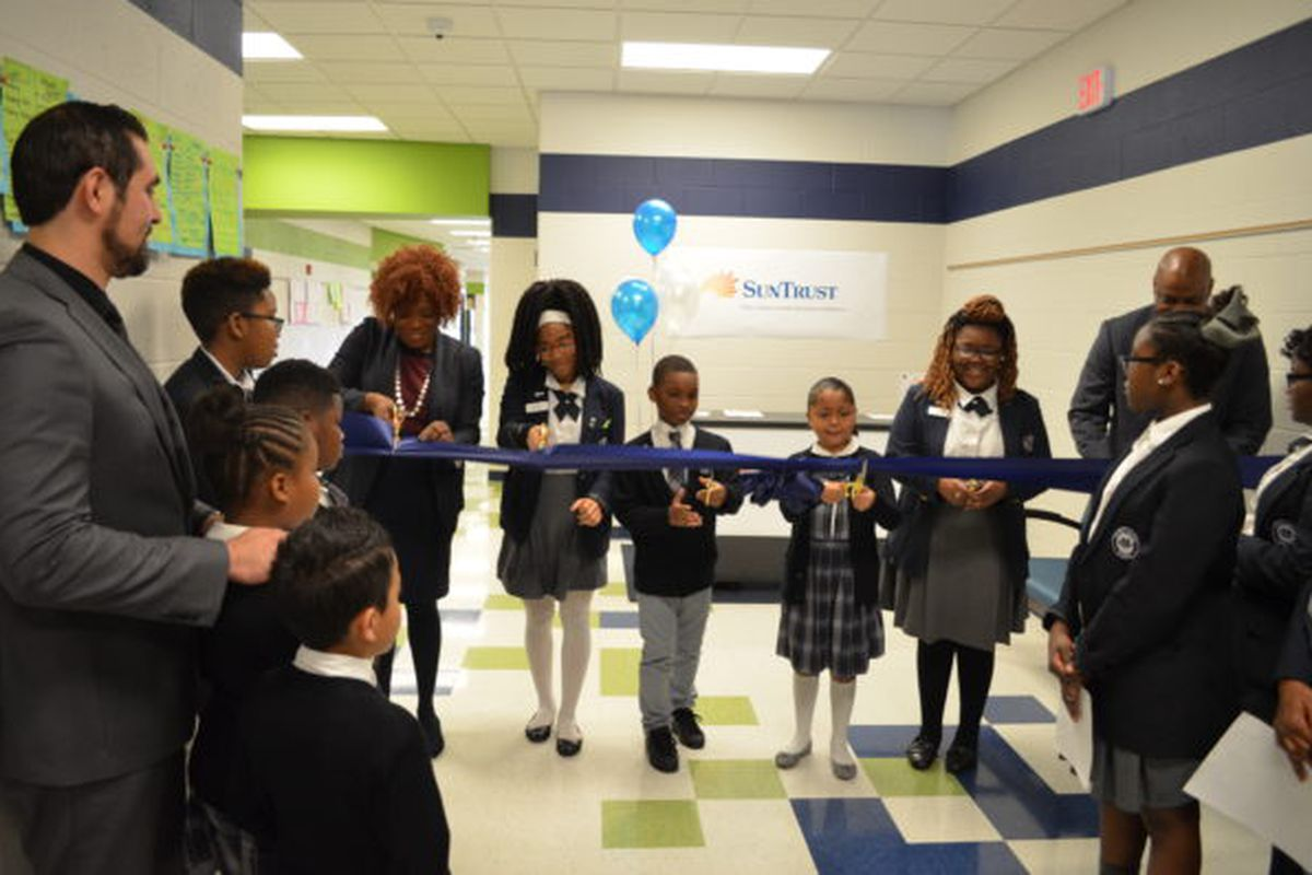 Gestalt Community Schools and SunTrust Banks, Inc. relaunched a 'Youth Bank' at Gestalt's Power Center Academy in Hickory Hill. Established to support financial literacy, the program will help students open and maintain a savings account.