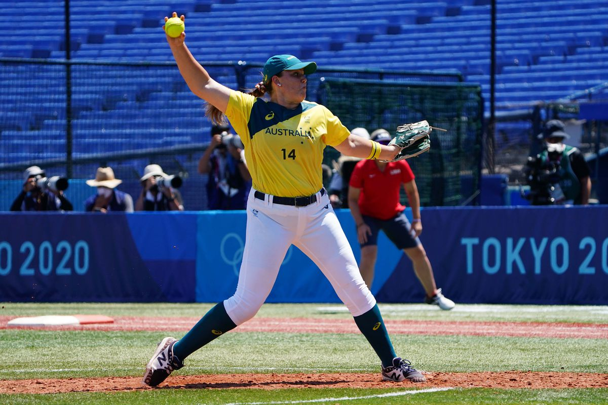 Olympics: Softball-Women Opening Round - AUS-USA