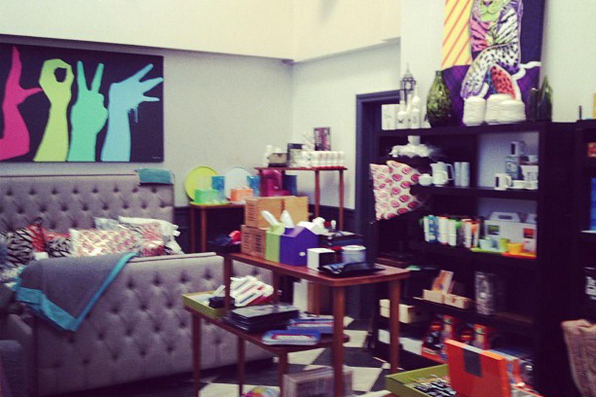 "Image via <a href=""http://instagram.com/p/RqFOYlN0nz"">Satine Boutique</a>/Instagram"