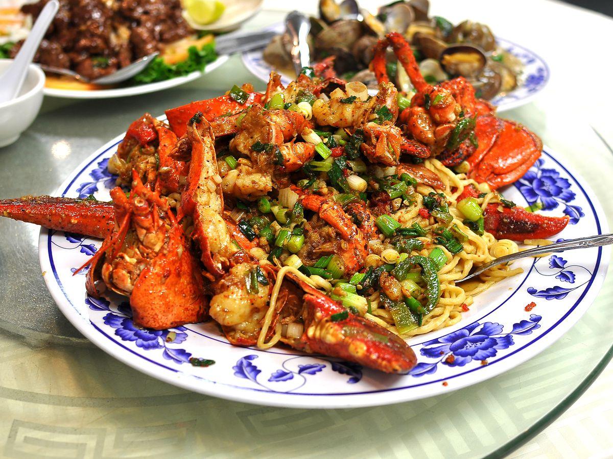 Boston Lobster Seafood Restaurant (粵唯鮮)