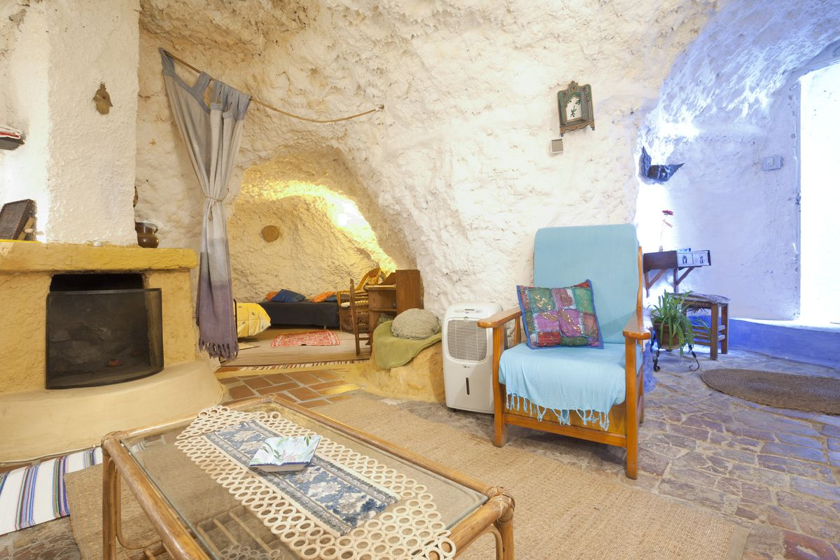 caves castles and yurts airbnb turns hotel rooms on their heads recode. Black Bedroom Furniture Sets. Home Design Ideas