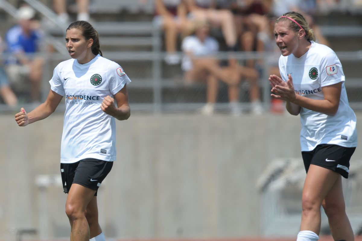 Tobin Heath (left) celebrates her 33rd minute goal in the NWSL Semifinals on August 24, 2013.