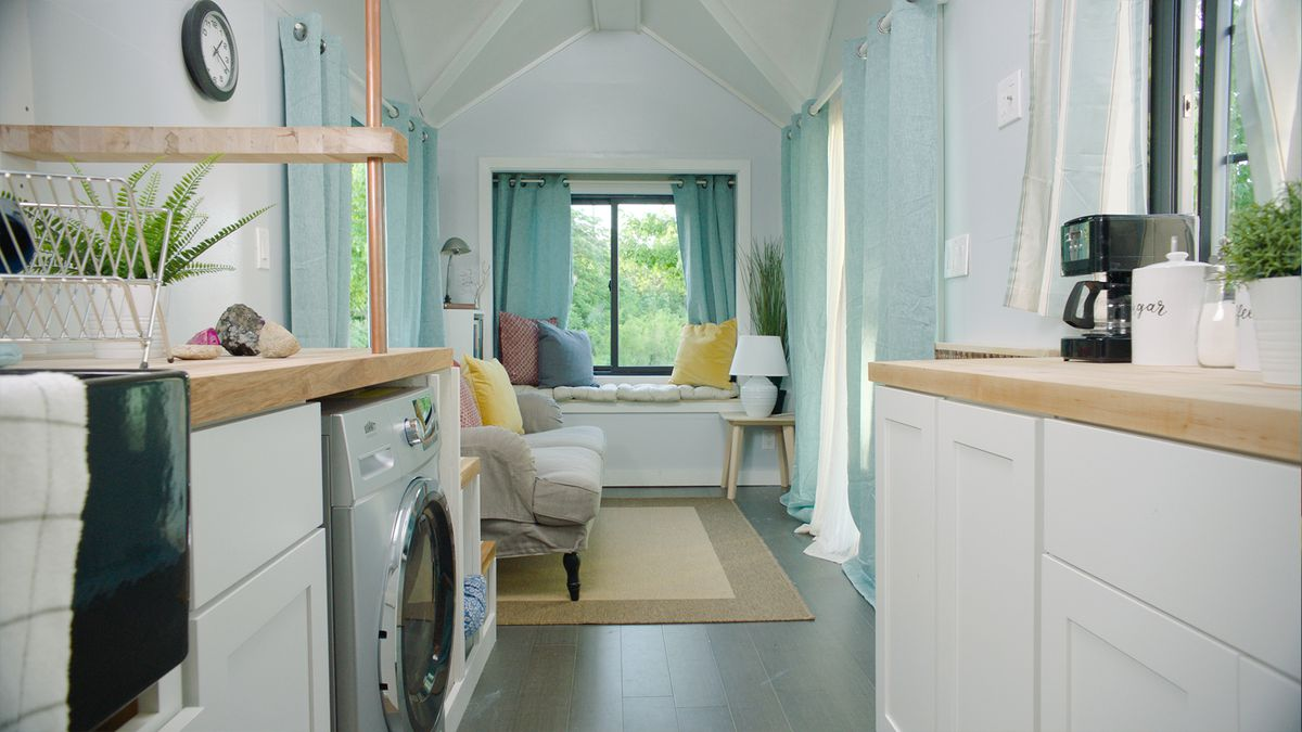 Tiny house will be auctioned off for charity - Curbed