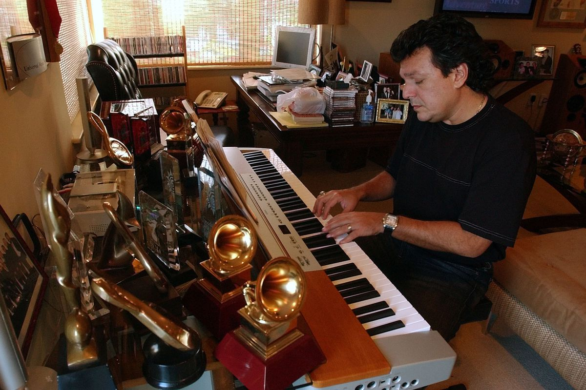 Behind-the-scenes Grammy-winner Rudy Pérez aims to inspire with his new book