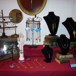 nek jewelry made from vintage finds