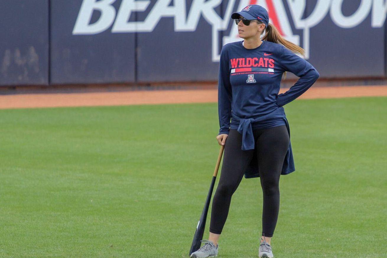 arizona-wildcats-softball-caitlin-lowe-mike-candrea-wcws-2021-hiring-hillenbrand