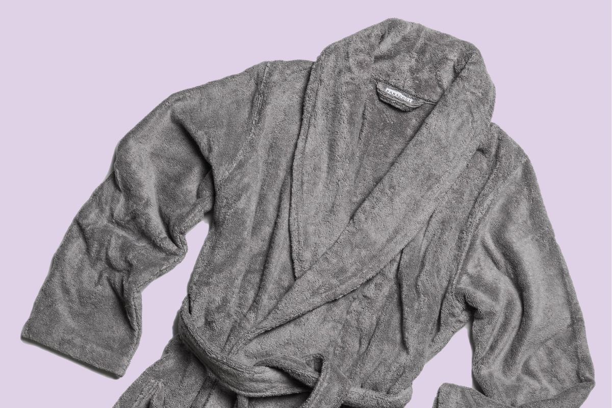 52b0e69f27 Do Yourself a Favor and Buy This Bathrobe
