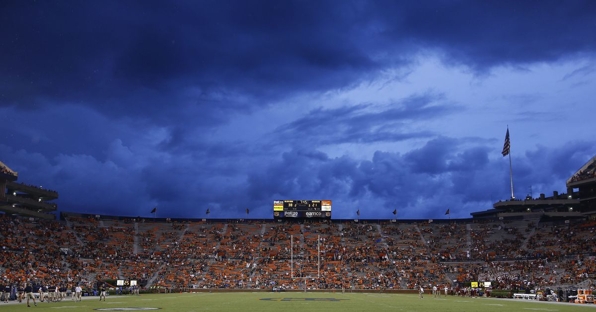 Why canceling games is often wise, even if the storm won't hit the stadium