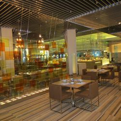 The glass dining room at Bacchanal Buffet.