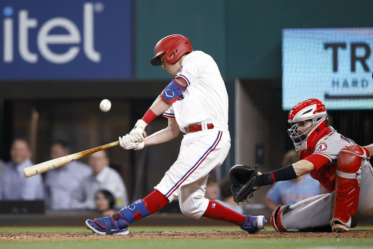 Los Angeles Angels v Texas Rangers