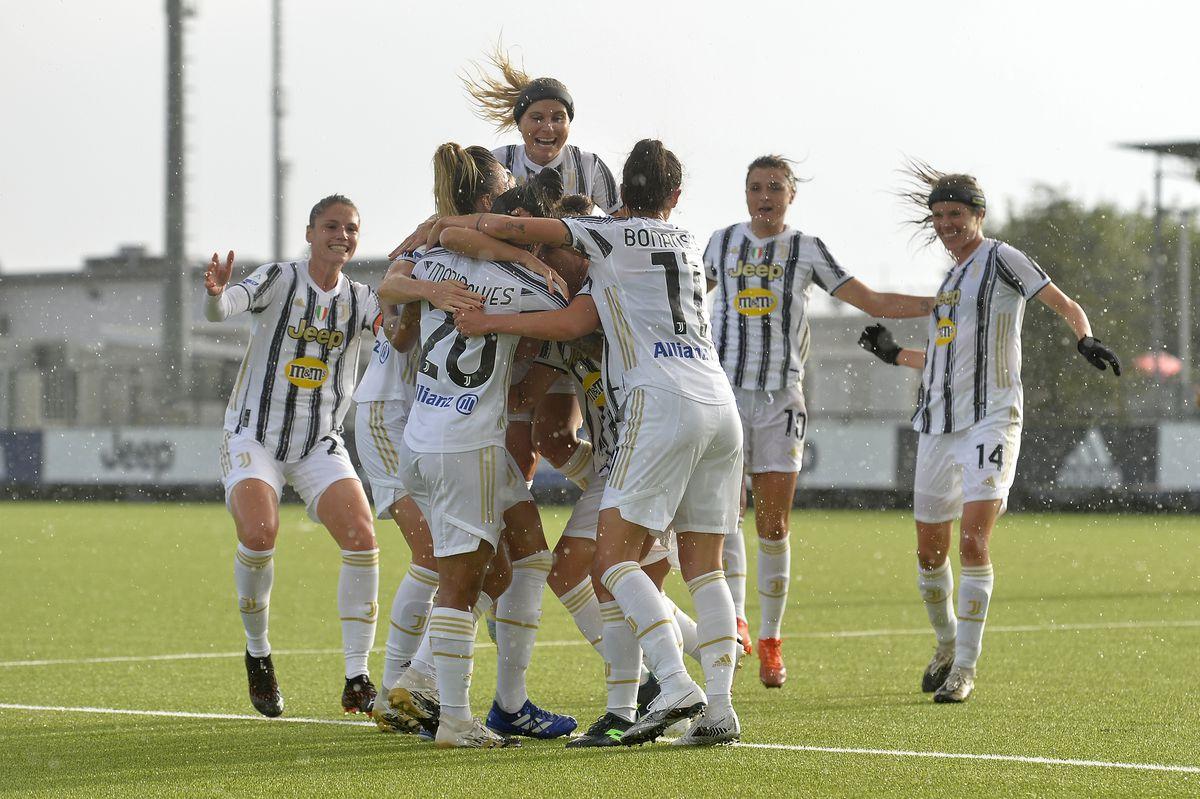 Juventus v ACF Fiorentina - Women Serie A