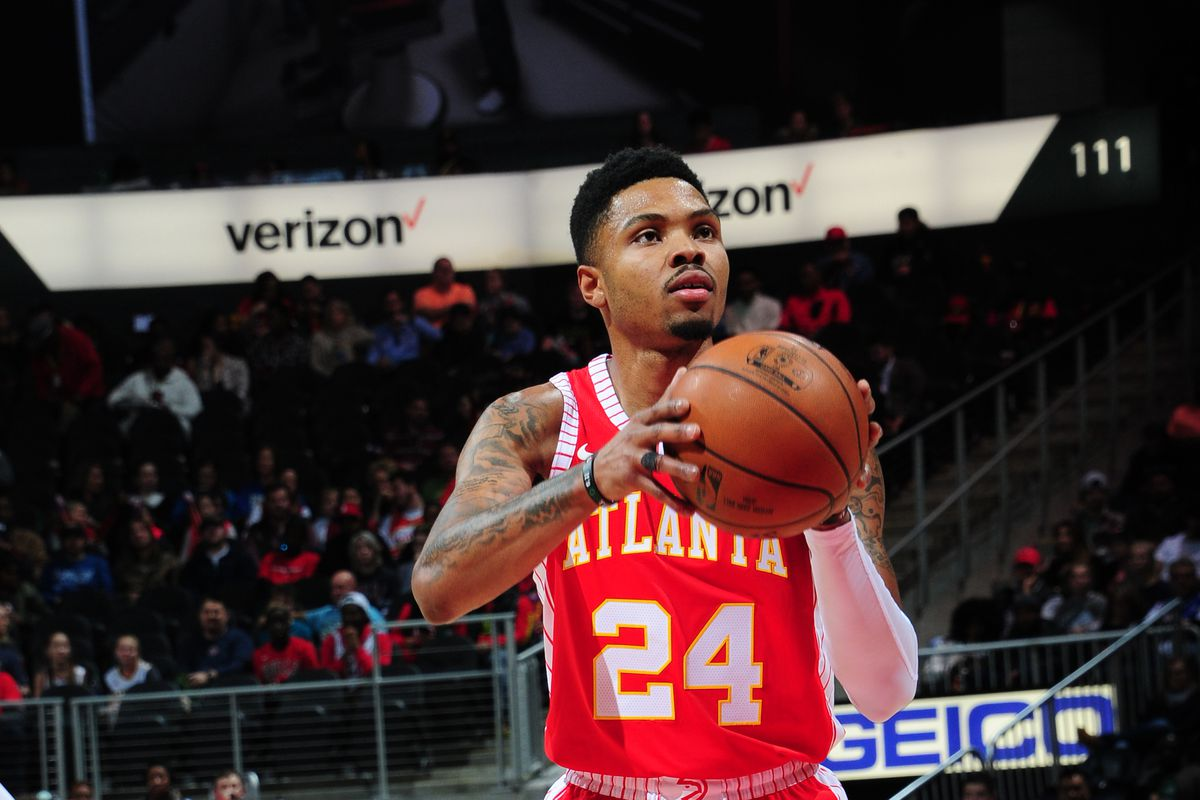 Hawks' Kent Bazemore's go-ahead 3-pointer with seven seconds left vs. Knicks