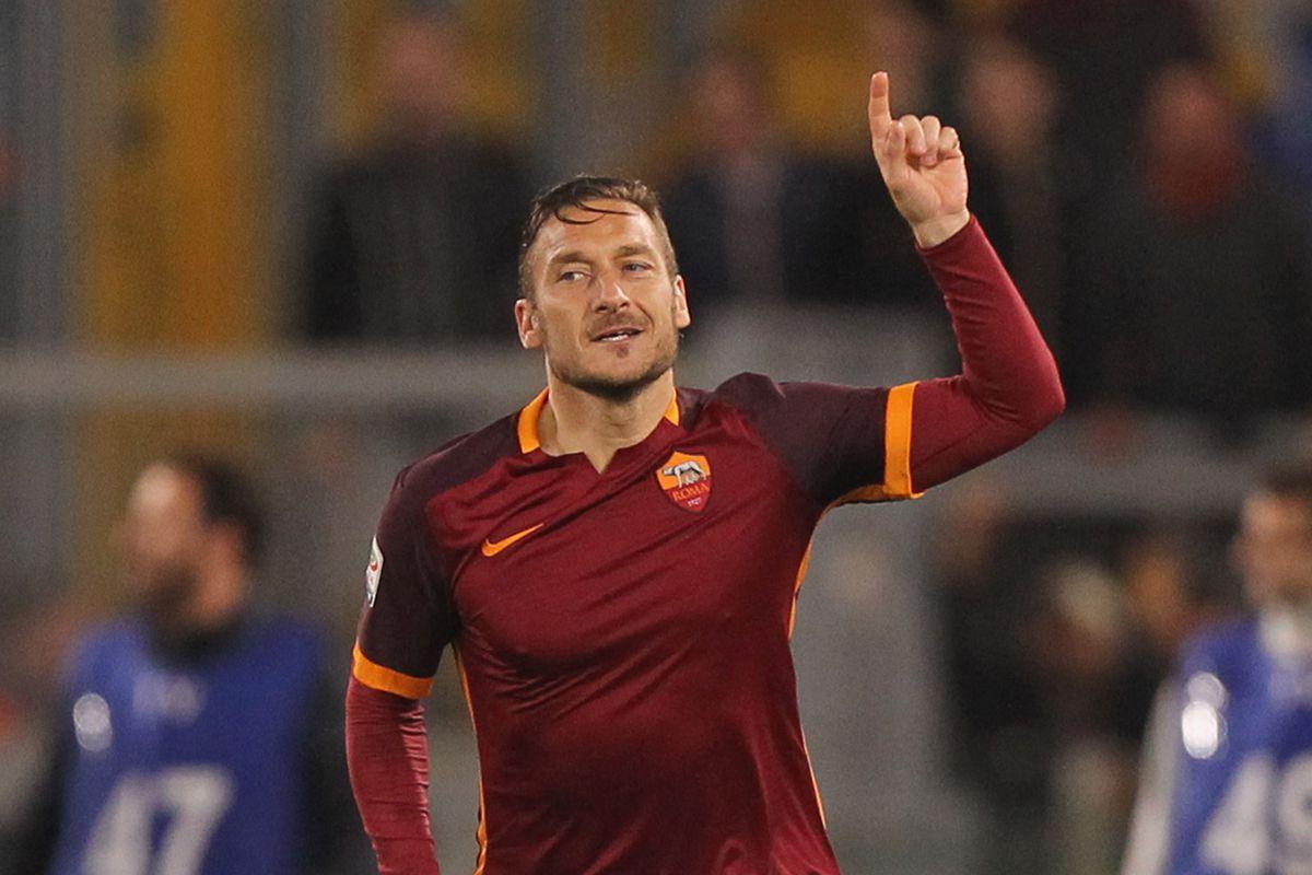Francesco Totti Scores Two Goals in Three Minutes to Beat Torino 3-2 -  Chiesa Di Totti