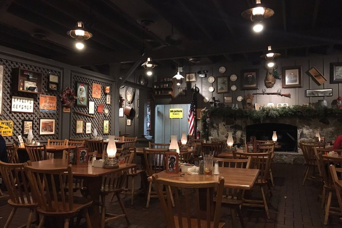 cracker barrel medford oregon