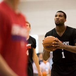 Drummond attempts a free throw.