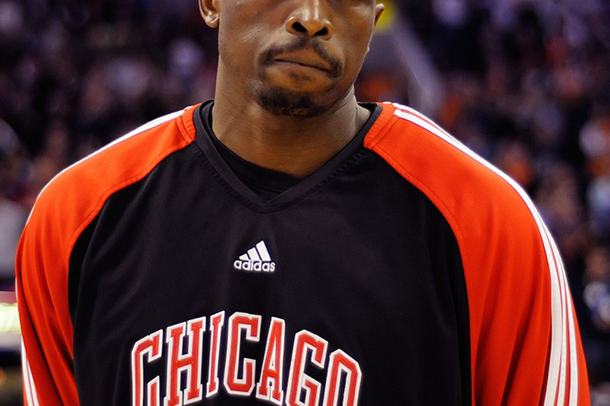 Loul Deng in a Suns uniform? (Photo by Max Simbron)