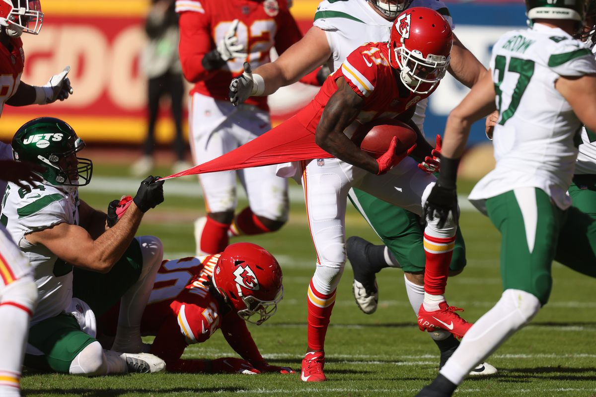 Mecole Hardman #17 of the Kansas City Chiefs returns a blocked field goal attempt by the New York Jets during their NFL game at Arrowhead Stadium on November 01, 2020 in Kansas City, Missouri.
