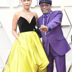 Spike Lee and Tonya Lewis Lee attend the Academy Awards. | Frazer Harrison/Getty Images