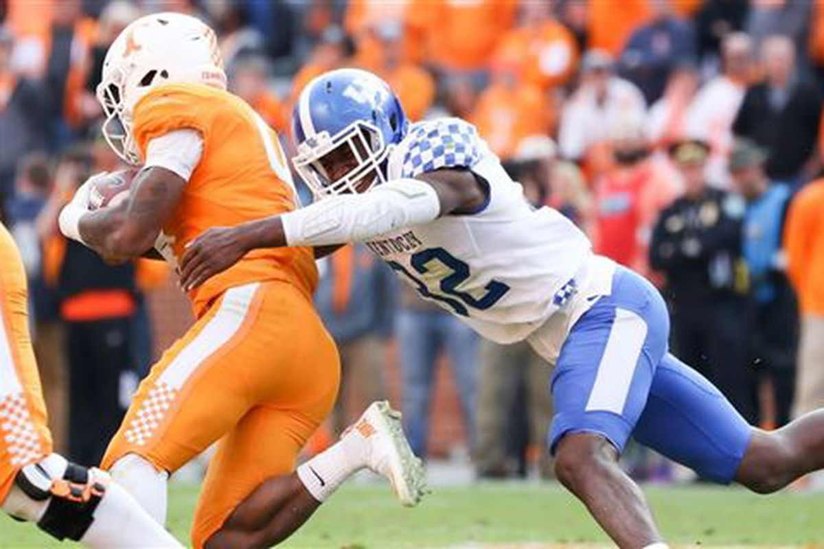 c8f18a4bb Former UK Football linebacker Eli Brown is heading home