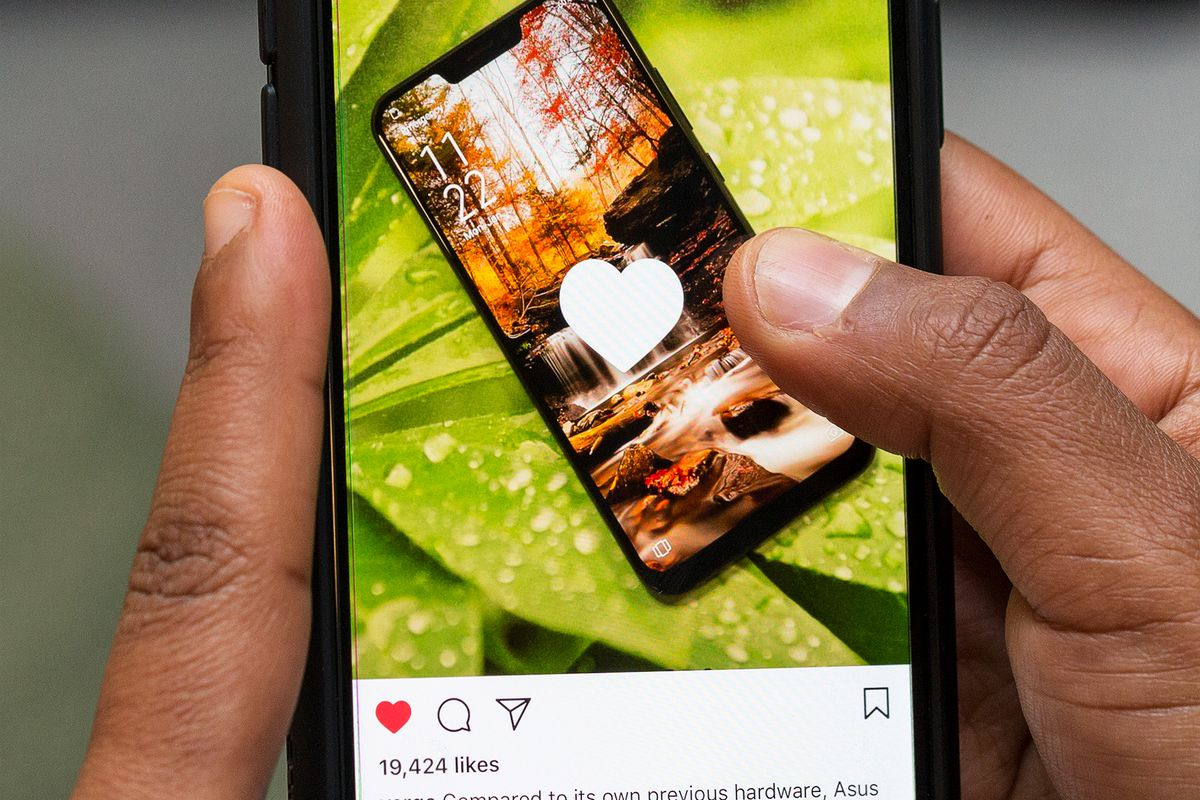 Instagram will allow third parties to create custom AR