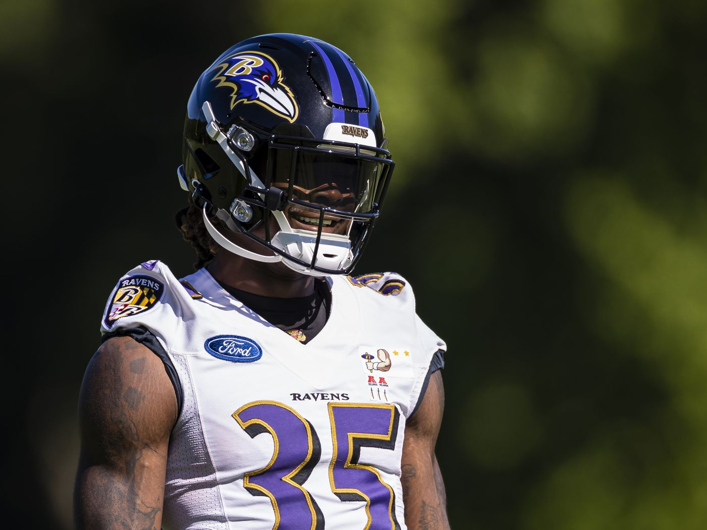 Gus Edwards Predictions Prop Bet Picks And Why He Ll Go Over On Rushing Yards Under On Tds In 2021 Nfl Season Draftkings Nation