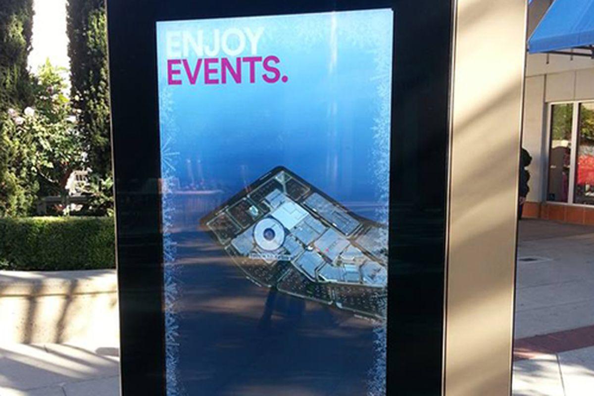 """Photo via <a href=""""http://www.simon.com/mall/stanford-shopping-center"""">Stanford Shopping Center</a>/Facebook"""