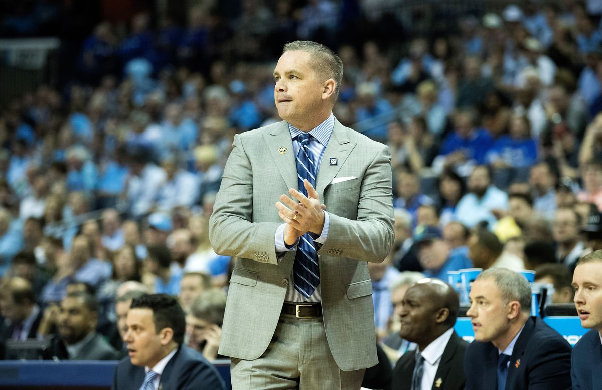 Butler Bulldogs head coach Chris Holtmann claps from the sideline