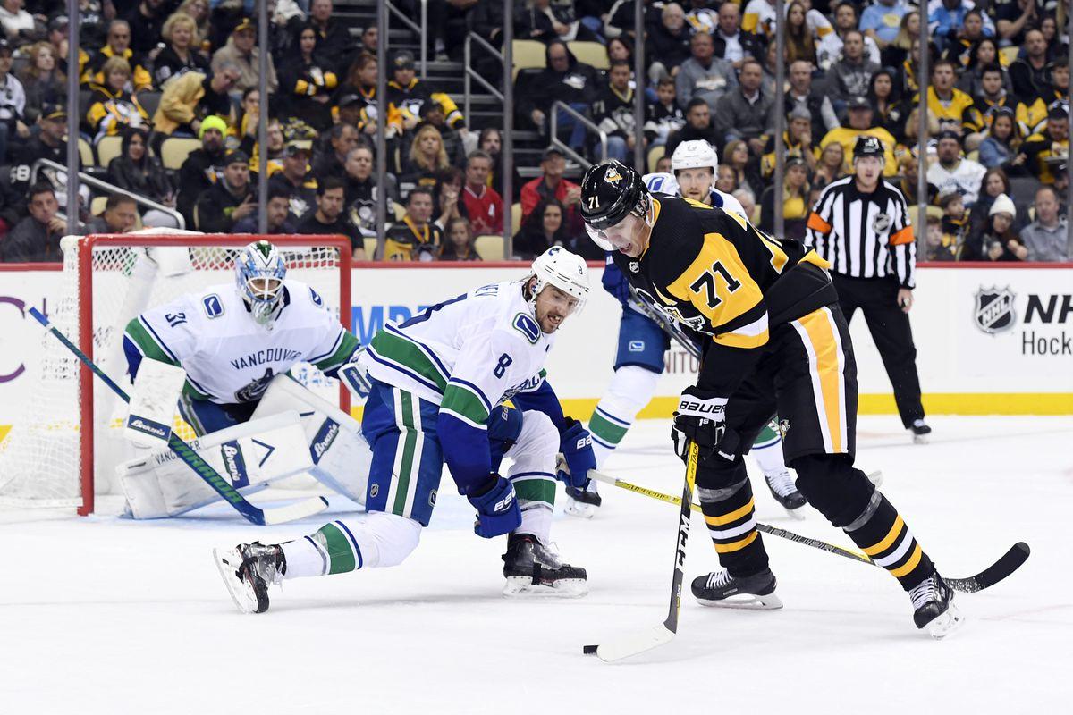 NHL: OCT 16 Canucks at Penguins
