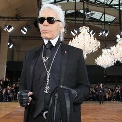 Karl Lagerfeld attends the Dior Homme fashion show as part of Paris Menswear Fashion Week Fall/Winter 2011-2012 on January 22, 2011 in Paris, France.