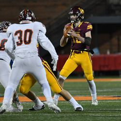 Loyola's Jack Fallon (10) looks for an open receiver. Worsom Robinson/For the Sun-Times.