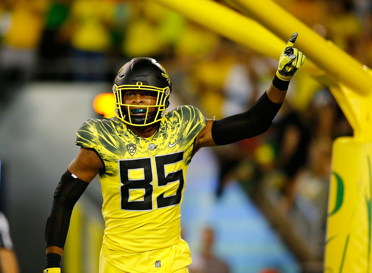 promo code 8a6c8 7390a Oregon's uniforms have gotten out of hand this year, and ...