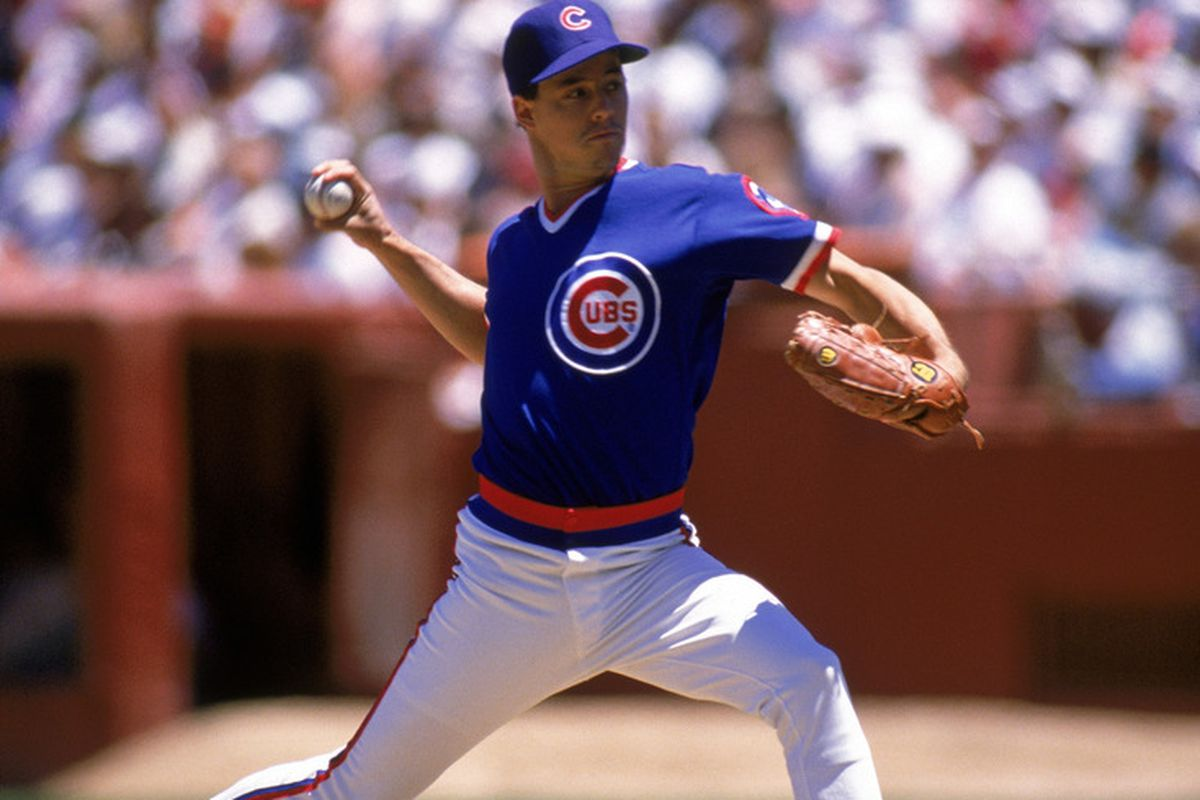 Pitcher Greg Maddux of the Chicago Cubs winds up for a pitch during the 1989 National League season. (Photo by Otto Greule Jr/Getty Images)
