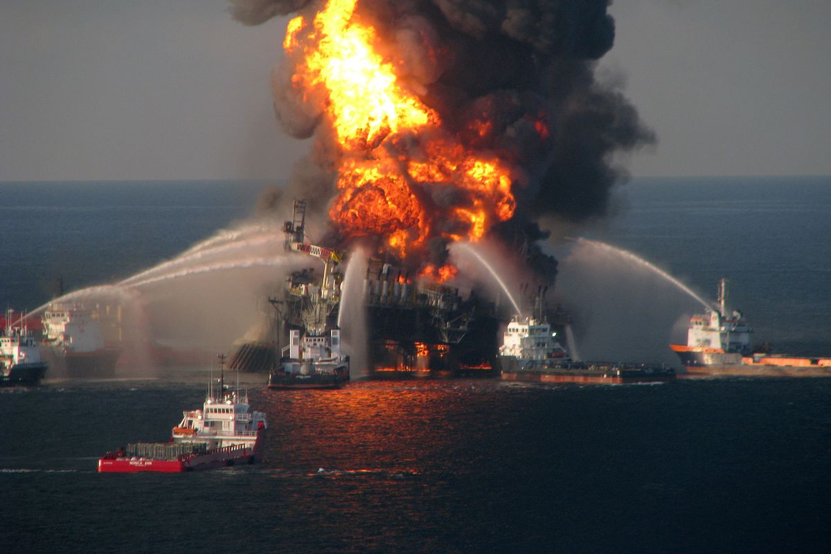 Fire boat response crews battle the blazing remnants of the off shore oil rig Deepwater Horizon in the Gulf of Mexico on April 21, 2010 near New Orleans, Louisiana