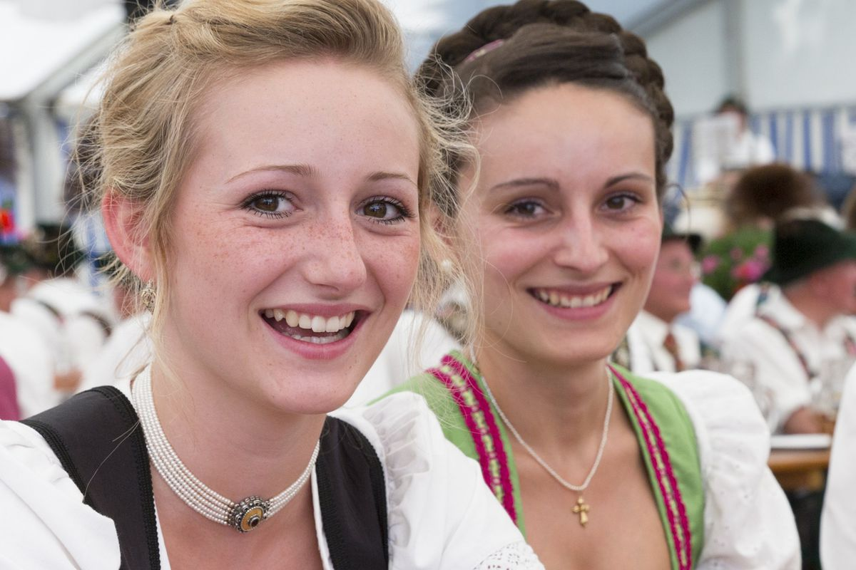 Germans are renowned for their forced smiles.