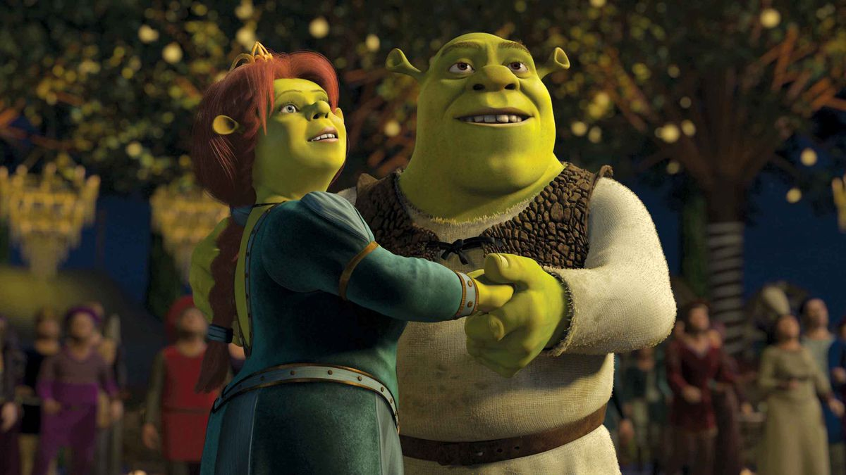 Shrek holding hands with his wife Fiona in Shrek 2