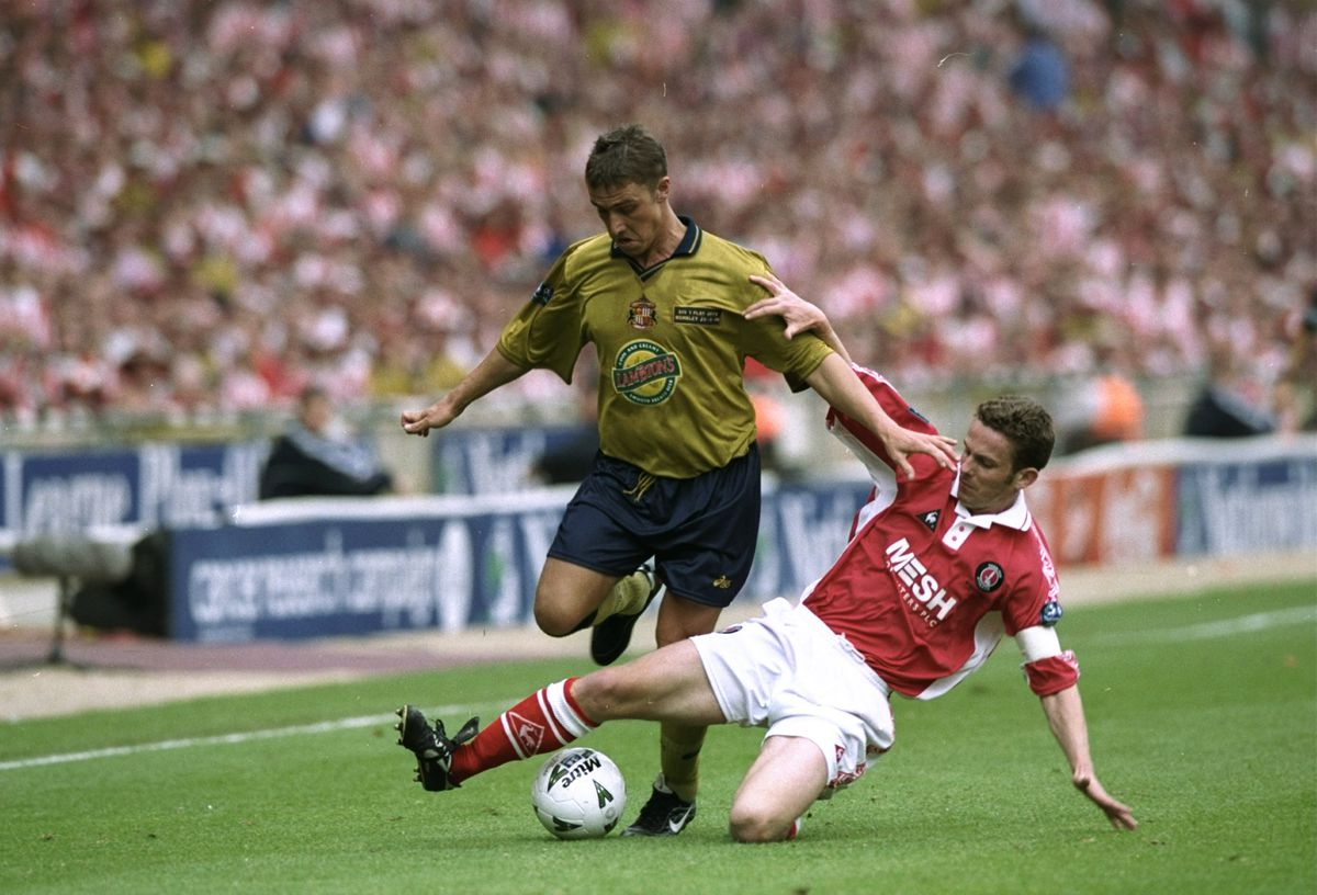 Lee Clark of Sunderland and Mark Kinsella of Charlton Athletic