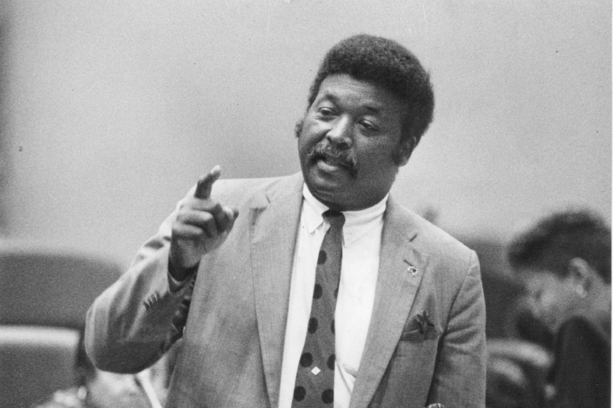 Robert Shaw was a former Chicago alderman and Cook County Board of Review commissioner.
