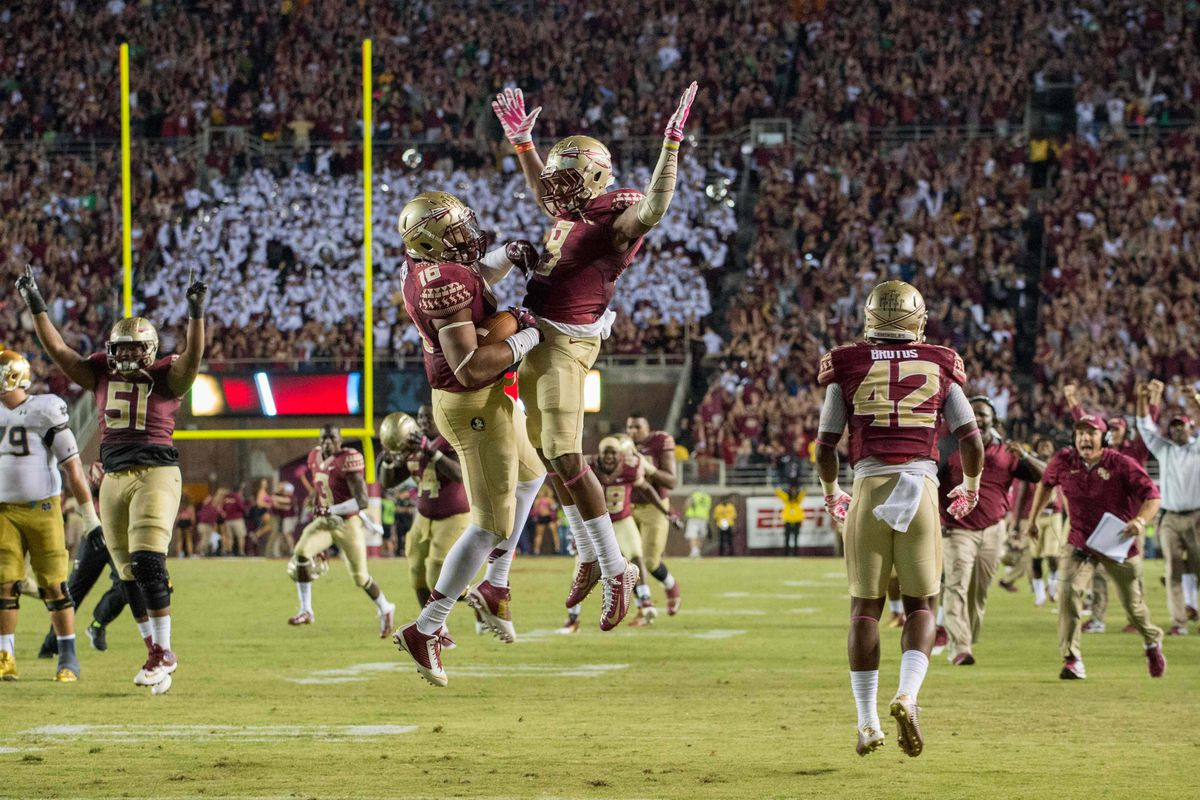 Florida State edged Notre Dame in a top-5 showdown.
