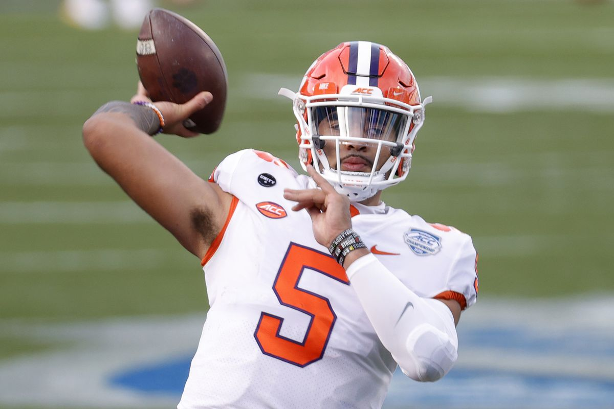 Quarterback D.J. Uiagalelei of the Clemson Tigers warms up before the ACC Championship game against the Notre Dame Fighting Irish at Bank of America Stadium on December 19, 2020 in Charlotte, North Carolina.