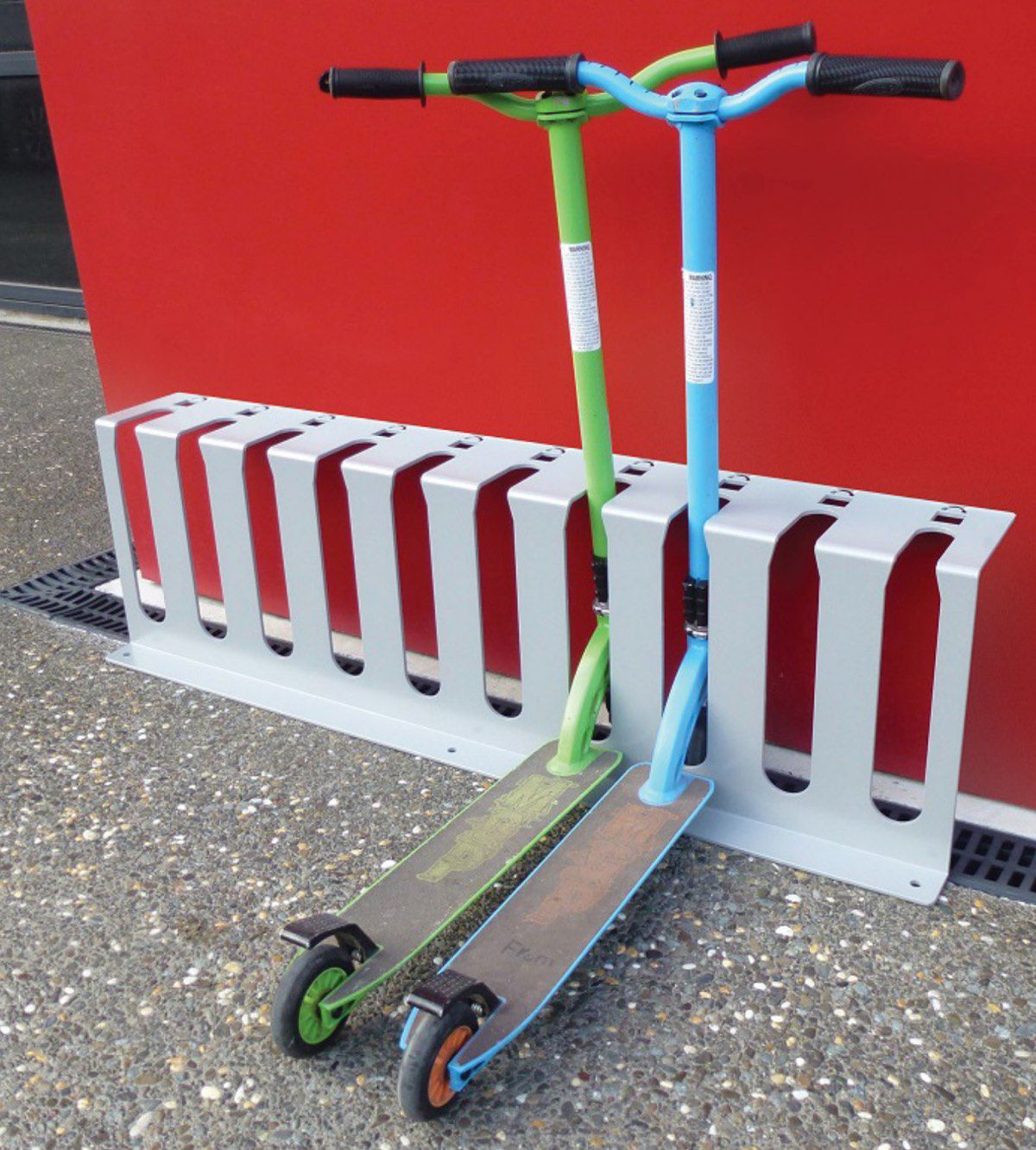 Jump scooter parking